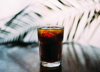 Vești proaste pentru creierul tău: băuturile îndulcite artificial cresc riscul de accident vascular cerebral și demență. La ce alte probleme de sănătate te expui?