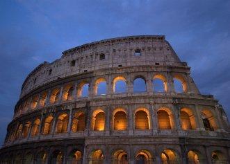 Te pregătești să călătorești zilele acestea în Italia? MAE a a emis o avertizare de călătorie. La ce să fii atent?