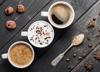 Adaugi lapte în cafea? Iată de ce este indicat să renunți la acest obicei!