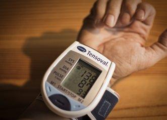 Aproape jumătate dintre români au hipertensiune arterială. Mulți nu știu pentru că nu dă simptome. Cum se măsoară corect tensiunea și care sunt valorile normale în funcție de vârstă