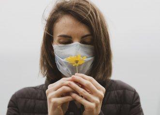 """Cum îți poți recăpăta simțul mirosului cu acest exercițiu simplu? Specialist: """"Mirosul poate fi restaurat"""""""