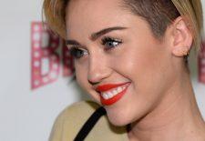 Când vine vorba despre cățeii ei, Miley Cyrus nu se uită la bani. Cadou FABULOS făcut de vedetă, patrupedelor sale