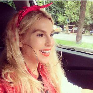 Corina Bud, DECLARAȚII INCENDIARE despre prima EXPERIENȚĂ SEXUALĂ. Avea doar 16 ani
