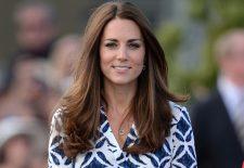 Reacția INCREDIBILĂ a ducesei Kate atunci când o fetiță îi atinge părul / FOTO