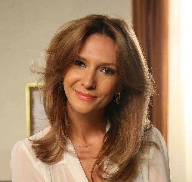 Adela Popescu, aspru criticată pentru modul în care își crește fi