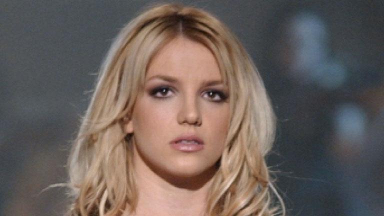 Britney Spears a primit interzis la bărbaţi! Cine a luat această