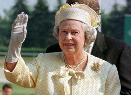 "INCREDIBIL. Îi spune ""Gan-Gan"" Reginei Elisabeta a II-a! O  …"