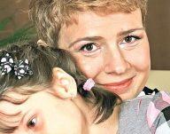 Fiica lui Teo Trandafir a învățată să se descurce singură. Uite c