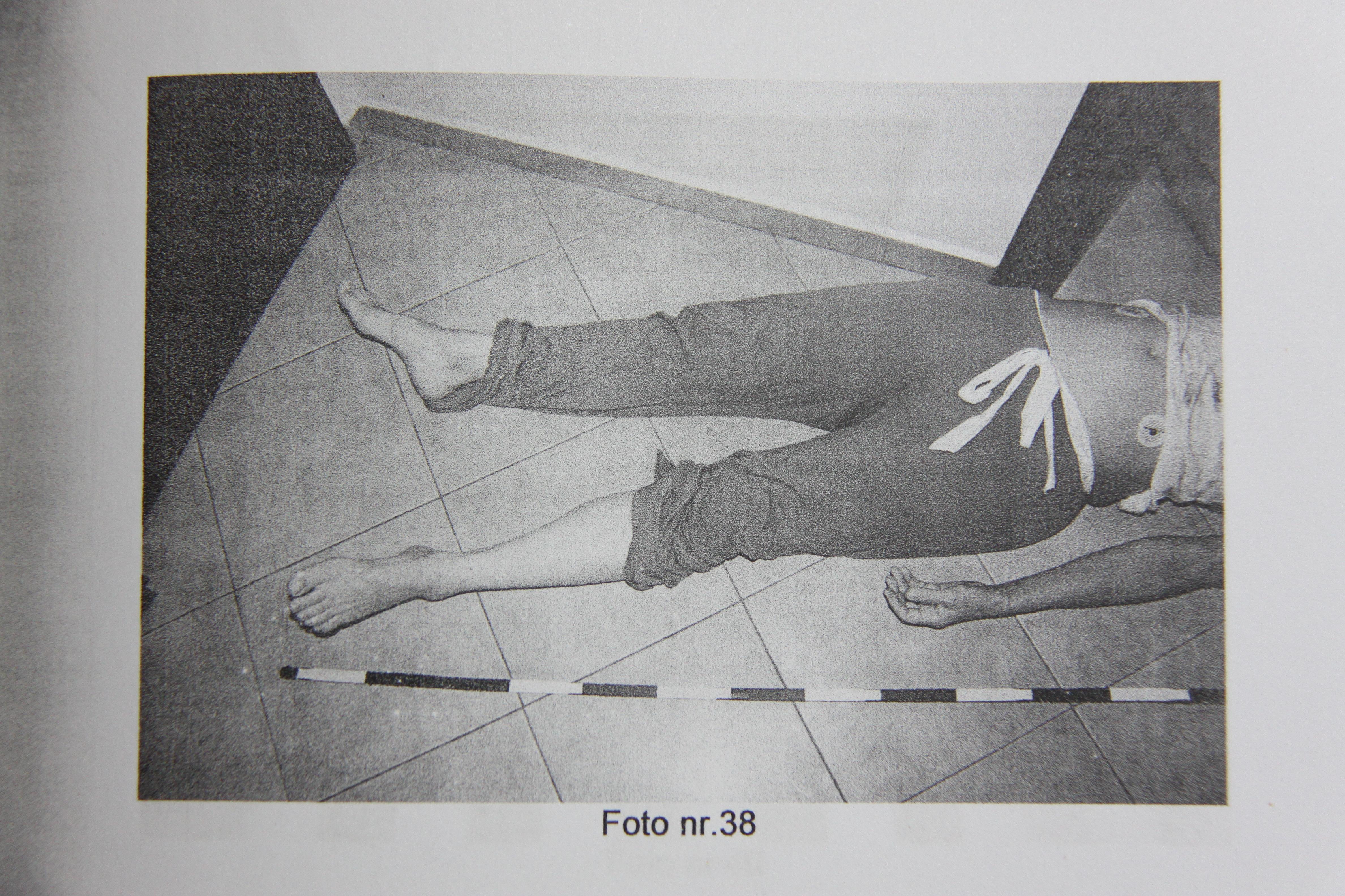"""INFIORATOR! Asta e poza cu Madalina Manole care a ajuns la FBI! """"A fost CRIMA!"""" Fotografia a fost facuta la 15 minute dupa ce a murit!Atentie – IMAGINE CU IMPACT EMOTIONAL FOARTE PUTERNIC"""