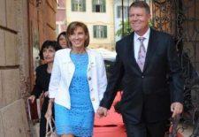 Președintele Klaus Iohannis și soția sa, în vacanță. Ce destinații EXOTICE au ales pentru sezonul de iarnă