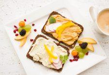 """Uite ce mănâncă NUTRIȚIONIȘTII la micul dejun: """"Niciodată nu mă abat de la micul-dejun, care e ÎNTOTDEAUNA format din..."""""""