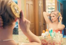 Sfaturi pretioase! Hairstylist-ul VEDETELOR recomanda 4 TRUCURI care REPARA parul DEGRADAT